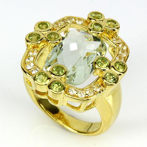 гранат в золотом кольце